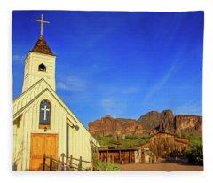 Elvis Chapel At Apacheland, Superstition Mountains Fleece Blanket