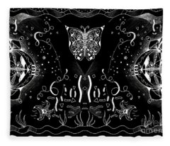 Endless Flow 3 Inverted Fleece Blanket
