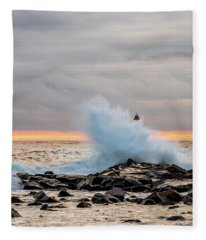 Explosive Sea 2 Fleece Blanket