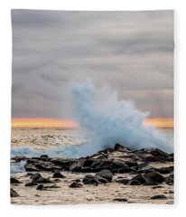 Explosive Sea 3 Fleece Blanket