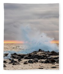 Explosive Sea 4 Fleece Blanket
