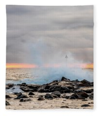 Explosive Sea 5 Fleece Blanket