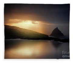 Falling Into Dream Fleece Blanket