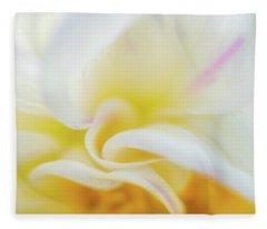 Flower Curves Fleece Blanket