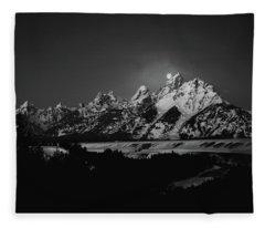 Full Moon Sets In The Tetons Fleece Blanket
