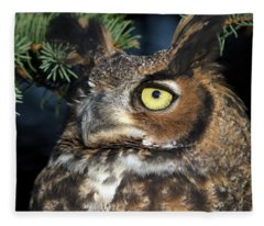Great Horned Owl 10181801 Fleece Blanket