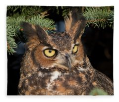 Great Horned Owl 10181802 Fleece Blanket