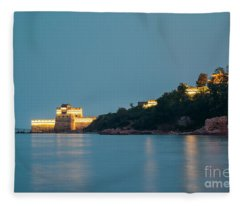 Great Wall At Night Fleece Blanket