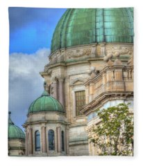 Green Dome's Of Italy Fleece Blanket