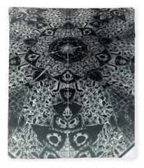 Grillo Inverse Fleece Blanket