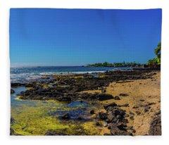 Hale Halawai Tide Pool Fleece Blanket