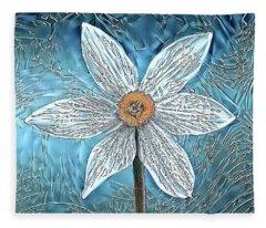 Ice Ornithogalum Fleece Blanket