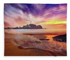 Incoming Tide At Sunset Fleece Blanket