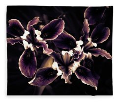 Irresistible Iris Fleece Blanket