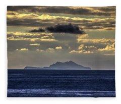 Island Cloud Fleece Blanket