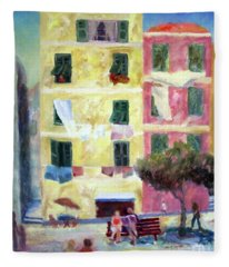 Italian Piazza With Laundry Fleece Blanket