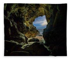 Keyhole Cave In Malibu Fleece Blanket