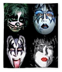 Kiss Fleece Blanket