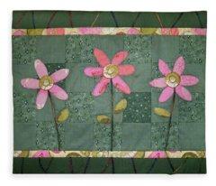 Kiwi Flowers Fleece Blanket