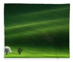 Lady In White Fleece Blanket