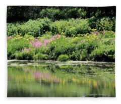 Lavender And Gold Reflections At Chicago Botanical Gardens Fleece Blanket