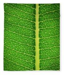 Leafy Detail Fleece Blanket