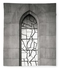 Lone Cathedral Window Fleece Blanket