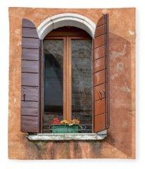 Lone Window Of Venice Fleece Blanket