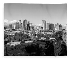 Los Angeles Skyline Looking East 2.9.19 - Black And White Fleece Blanket