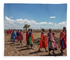 Maasi Women Fleece Blanket