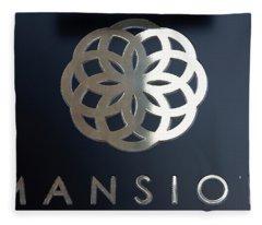 Colours. Mansion Black Fleece Blanket