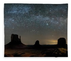 Milky Way Over Monument Valley Fleece Blanket