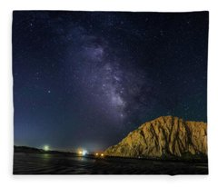 Milky Way Over Morro Rock Fleece Blanket