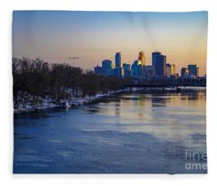 Minneapolis Skyline Fleece Blanket