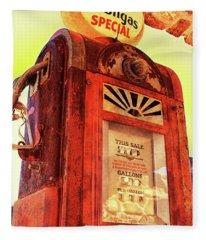 Mobilgas Special - Vintage Wayne Pump Fleece Blanket