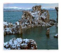 Mono Lake Tufa Towers Sunrise Fleece Blanket