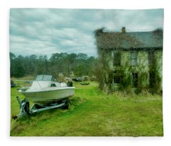 Auntie's Old House Fleece Blanket
