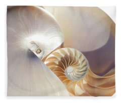 Nautilus 0454 Fleece Blanket