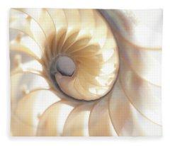 Nautilus 0472 Fleece Blanket