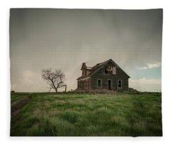 Nebraska Farm House Fleece Blanket