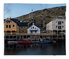 Nyksund Vesteralen Fleece Blanket