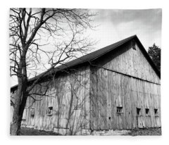 Ohio Barn Fleece Blanket