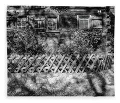 Old Farmhouse Fleece Blanket