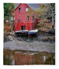 Old Red House In Maine Fleece Blanket