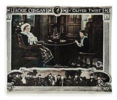 Oliver Twist, 1922 Fleece Blanket