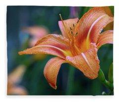 Orange Lily Detailed Petals Fleece Blanket