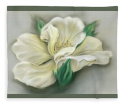 Pale Yellow Rose And Green Rosebuds Fleece Blanket
