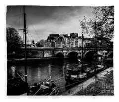 Paris At Night - Seine River Towards Pont Neuf Fleece Blanket
