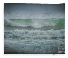 Perfect Curl Fleece Blanket