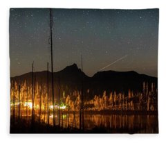 Perseid At Round Lake Fleece Blanket